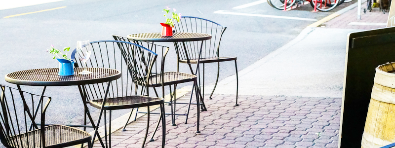 City sidewalk dining tables chairs  - Cleanse-Tec
